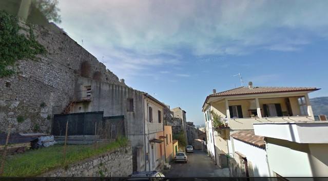Una veduta di via Anxur