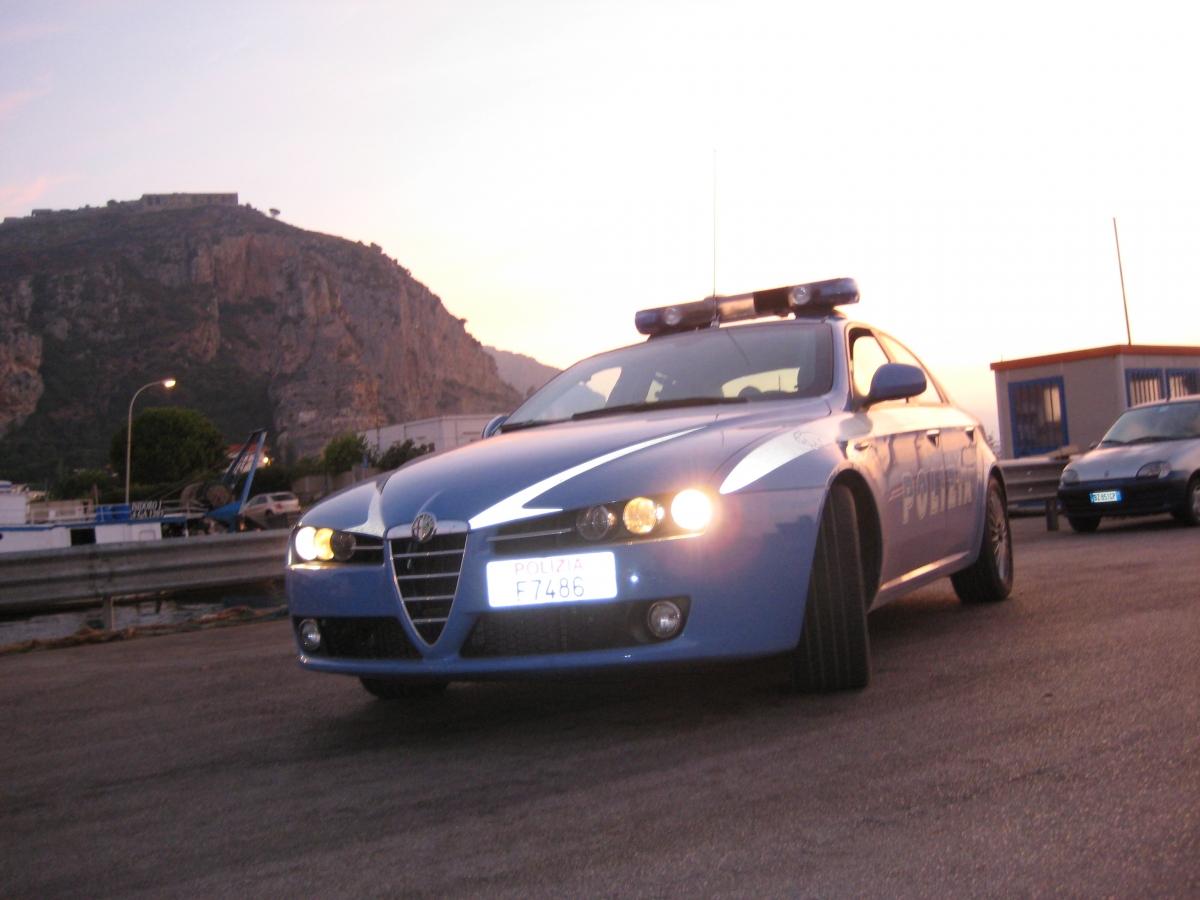 La Volante della Polizia di Terracina